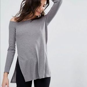 NEW ASOS Petite Off Shoulder Slouch Top. Size 0
